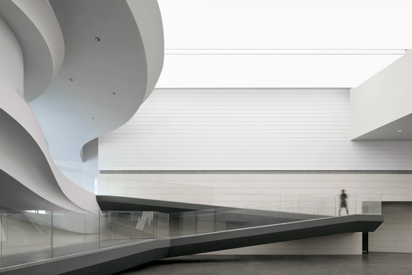 waa Museum of Contemporary Art Yinchuan interior Atrium gallery 未觉建筑 银川当代美术馆 室内 中庭 展示厅